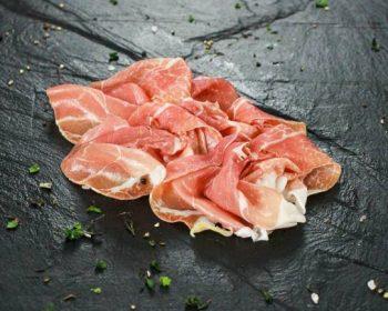 Vleeswaren gesneden
